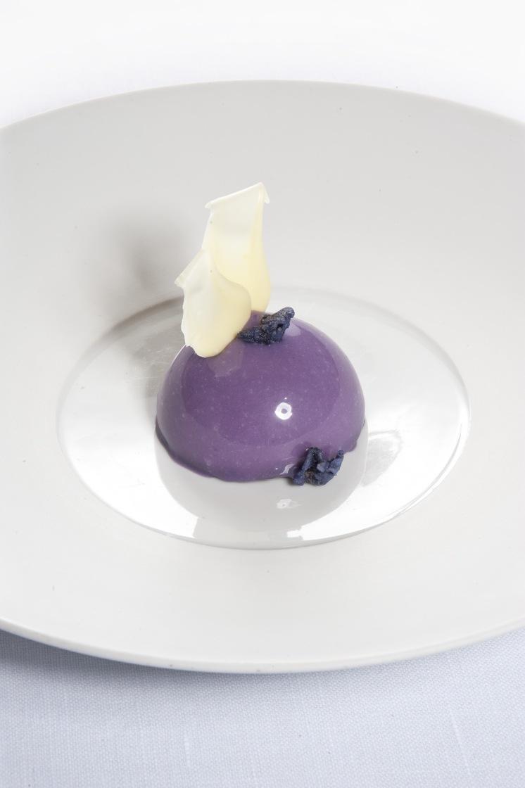 cioccolato Guanaja e violetta di Parma