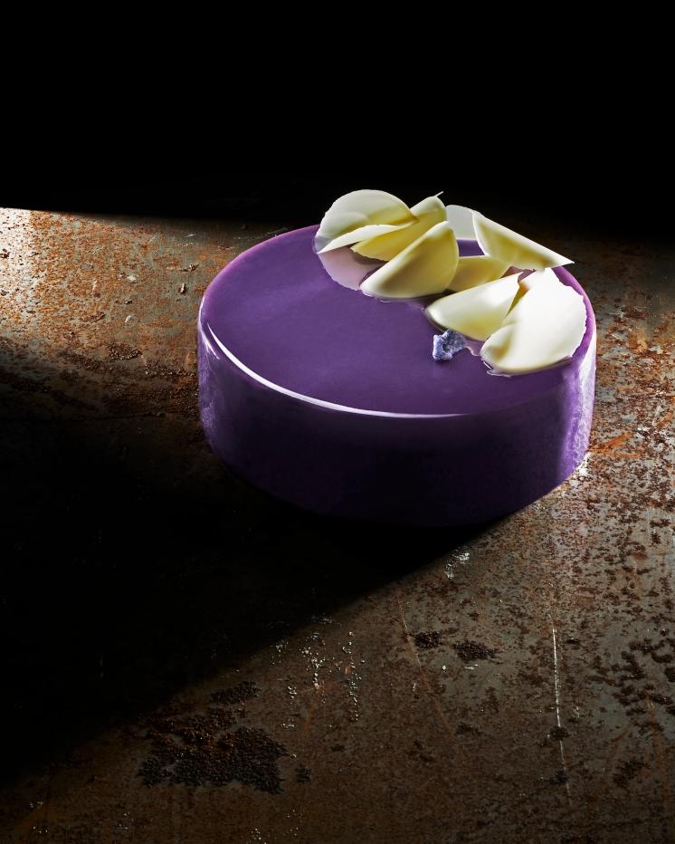 Cioccolato Domori Sur del Lago 72% e Violetta di Parma